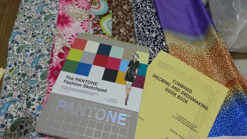 WANT WANT WANT! Fabric + Tailoring Guide Book + SketchPad